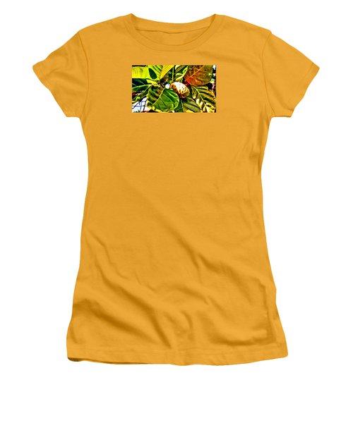 Noni Women's T-Shirt (Athletic Fit)