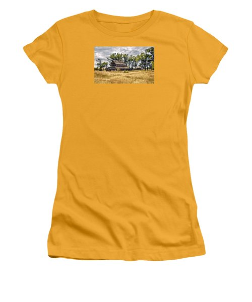 Women's T-Shirt (Junior Cut) featuring the digital art Old House And Barn by James Steele