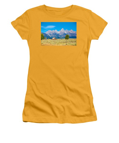 Women's T-Shirt (Junior Cut) featuring the photograph Old Time Community by Robert Pearson