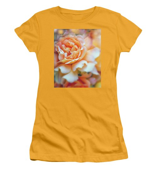 Peach Delight Women's T-Shirt (Athletic Fit)