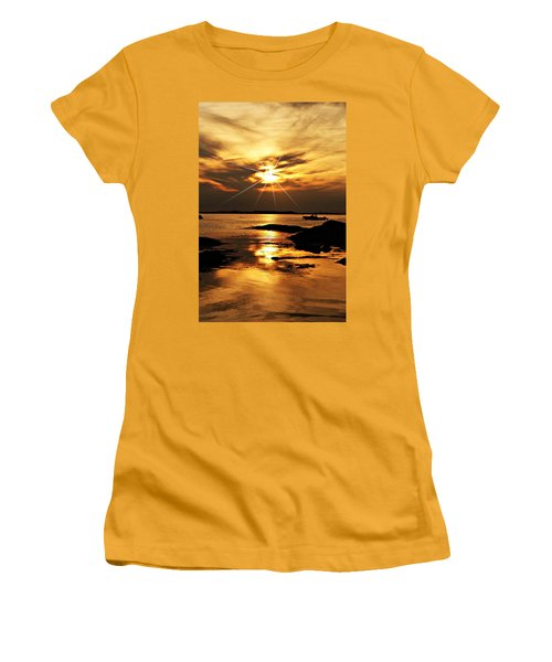Plum Cove Beach Sunset E Women's T-Shirt (Athletic Fit)