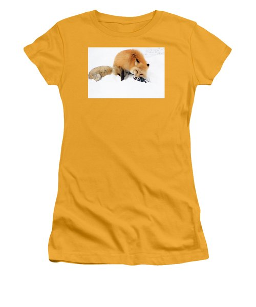 Red Fox To Base Women's T-Shirt (Athletic Fit)