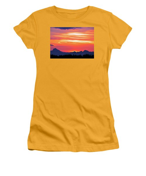 Red Sunrise Women's T-Shirt (Athletic Fit)