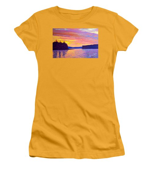 Sailing Home Sunset Women's T-Shirt (Athletic Fit)