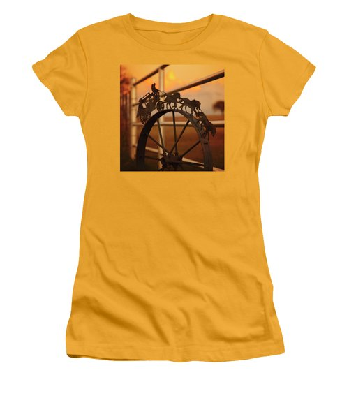 Stagecoach Sunset Women's T-Shirt (Athletic Fit)