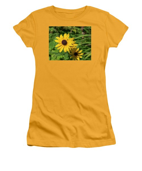 Sun Drenched Daisy Women's T-Shirt (Athletic Fit)