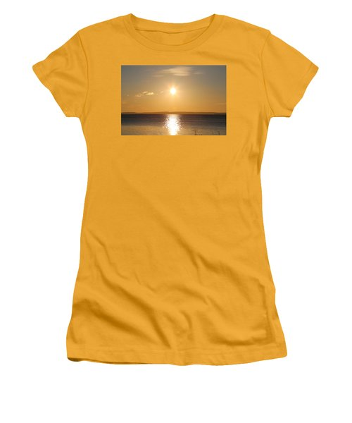 Sunny Day By The Oslo Fjords.  Women's T-Shirt (Athletic Fit)