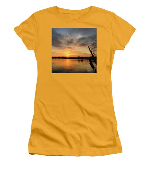 Sunrise At Jacobson Lake Women's T-Shirt (Junior Cut) by Sumoflam Photography