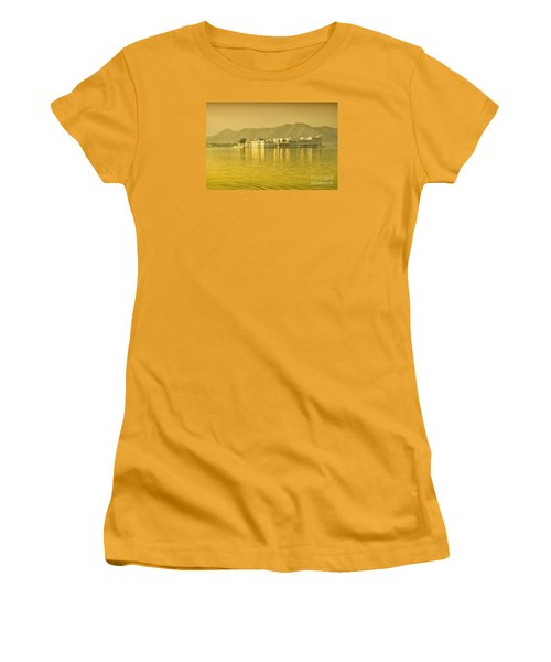 Women's T-Shirt (Athletic Fit) featuring the photograph Sunrise At Pichola Lake Palace by Yew Kwang