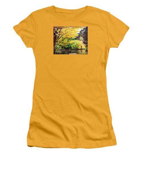 The Wayfarer Pond Women's T-Shirt (Junior Cut) by Mindy Bench