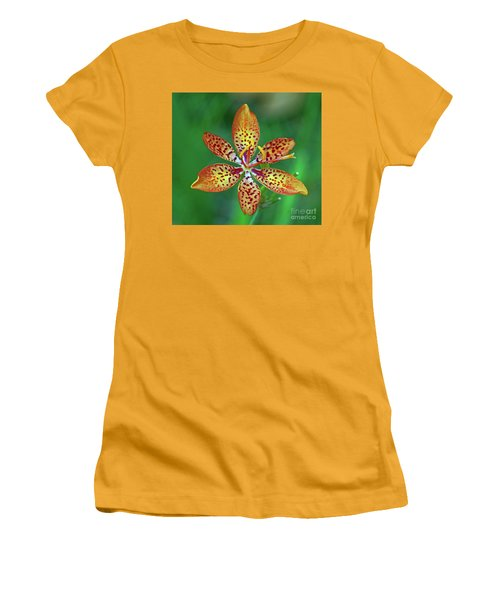 Tiny Tropical Lily Women's T-Shirt (Athletic Fit)