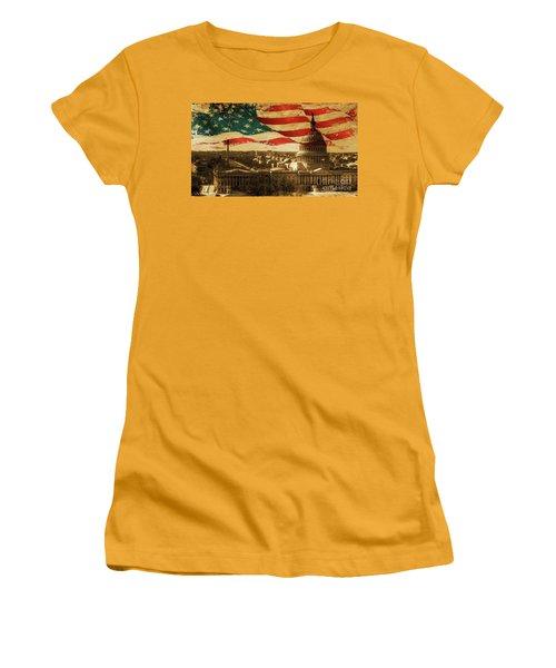 Washington Dc Usa 002 Women's T-Shirt (Junior Cut) by Gull G