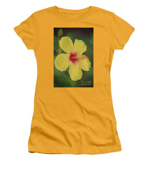 Yellow Hibiscus Profile Women's T-Shirt (Athletic Fit)