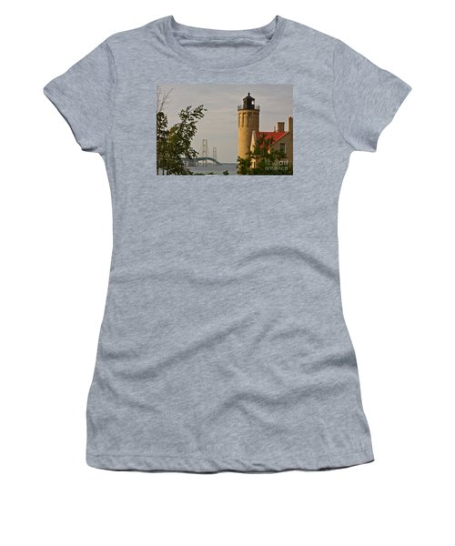 0558 Old Mackinac Point Lighthouse Women's T-Shirt