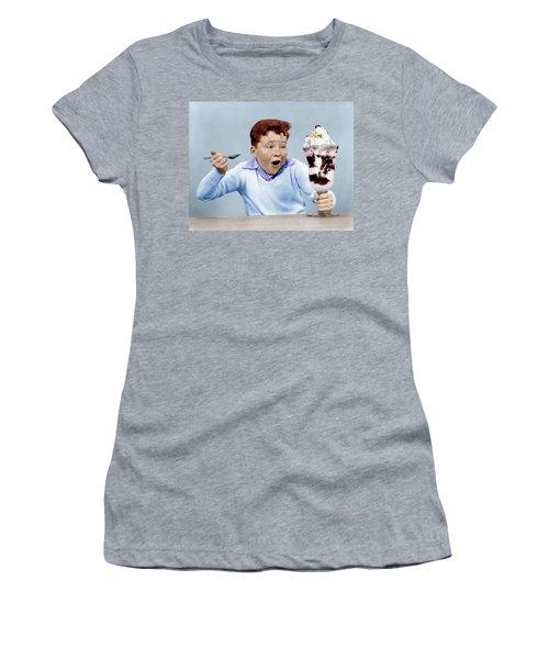 1950s Freckle Face Boy Digging Women's T-Shirt