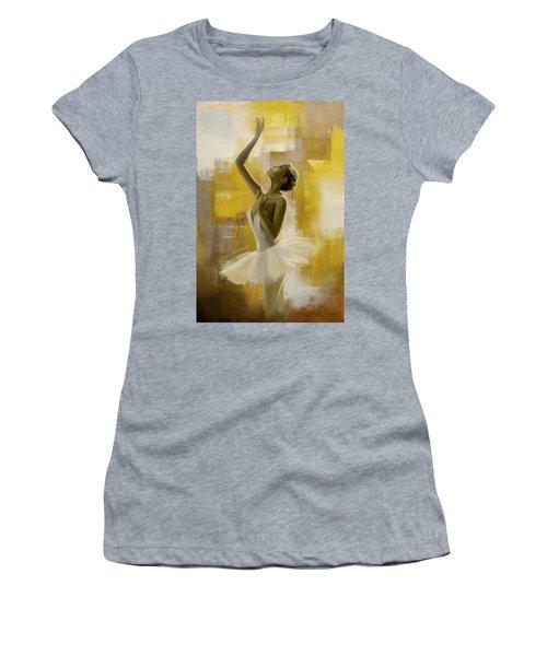 Ballerina  Women's T-Shirt