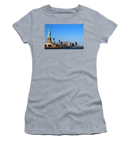 Lady Liberty Watches 1wtc Rise Women's T-Shirt