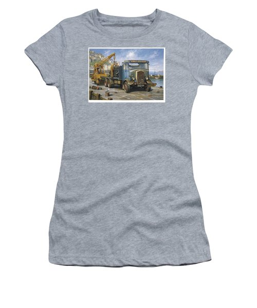 Leyland Hippo At Brixham. Women's T-Shirt (Athletic Fit)