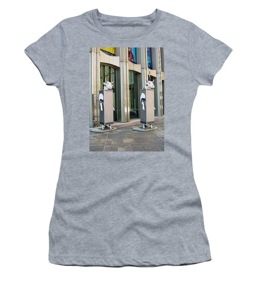 Cow Parade N Y C 2000 - Twin Cowers Women's T-Shirt