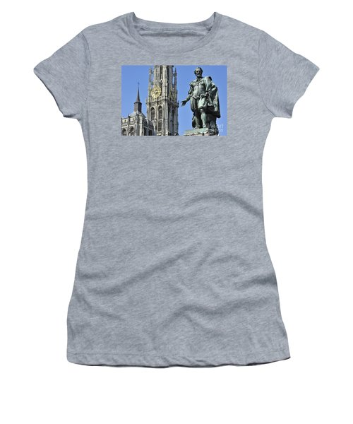 110801p238 Women's T-Shirt