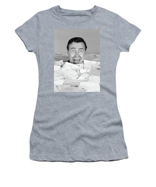 1960s Portrait Of Bug-eyed Screaming Women's T-Shirt
