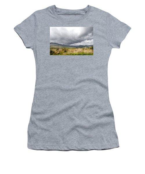 Killarney National Park Women's T-Shirt (Athletic Fit)