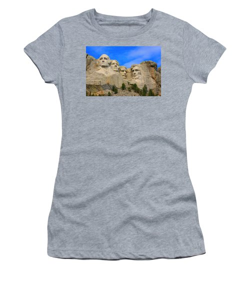 Mount Rushmore South Dakota Women's T-Shirt (Athletic Fit)