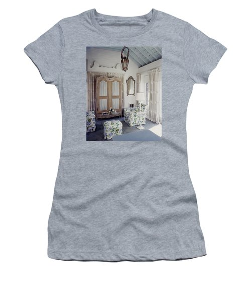 A Guest Room At Hickory Hill Women's T-Shirt