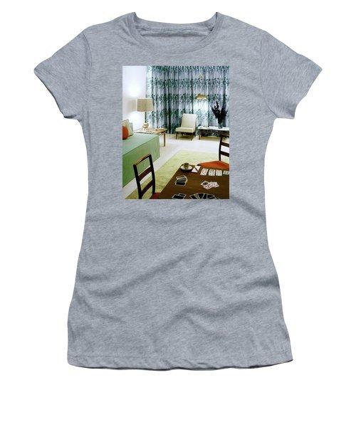 A Retro Bedroom Women's T-Shirt