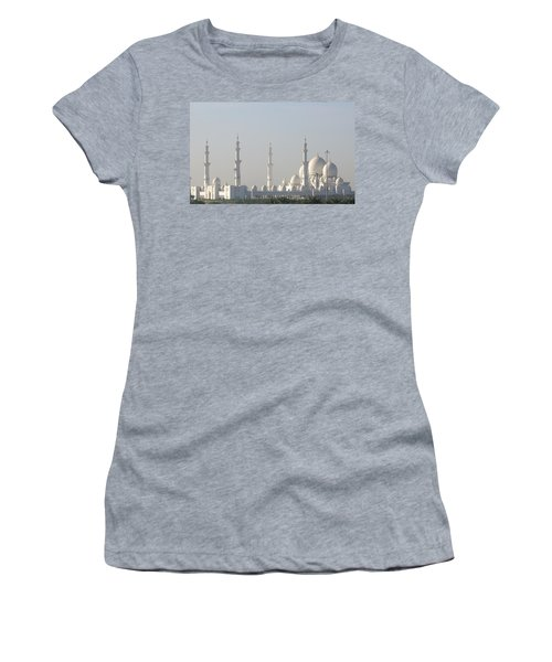 Abu Dhabi Sheikh Zayed Grand Mosque Women's T-Shirt (Athletic Fit)