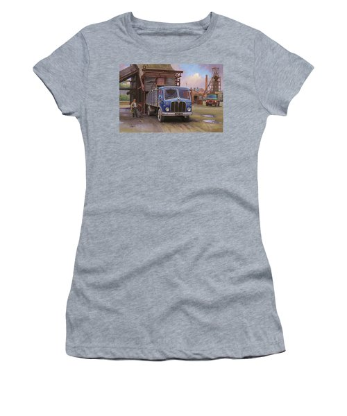 Aec Mercury Tipper. Women's T-Shirt (Athletic Fit)