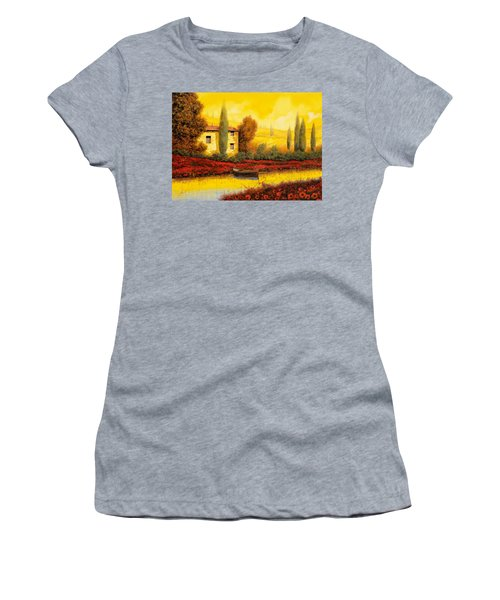 Al Tramonto Sul Fiume Women's T-Shirt