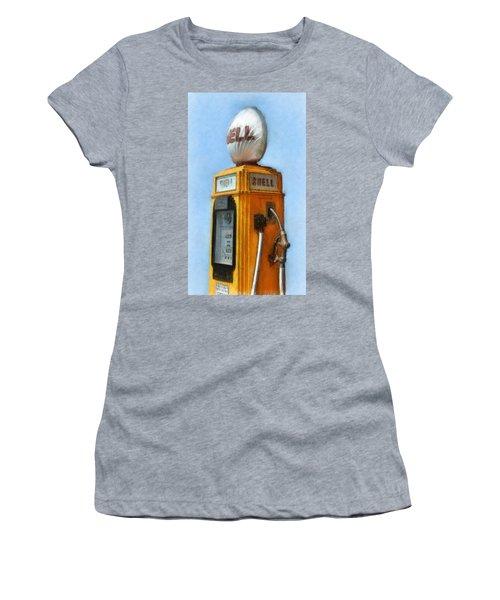 Antique Shell Gas Pump Women's T-Shirt
