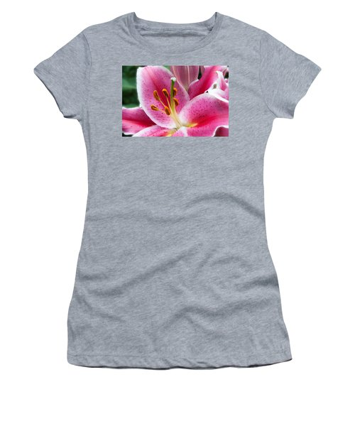 Asian Lily Women's T-Shirt (Athletic Fit)