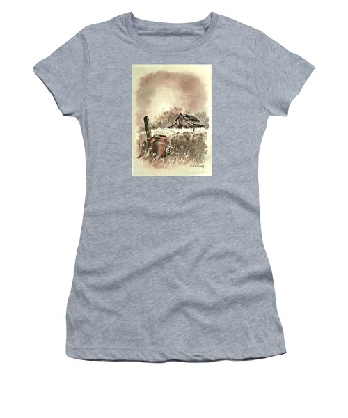 Autumn In View At Mac Gregors Barn Women's T-Shirt (Athletic Fit)