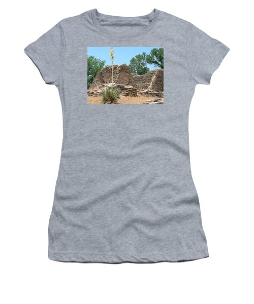 Aztec Ruins National Monument Women's T-Shirt (Athletic Fit)
