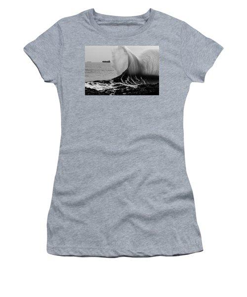 Backwash Women's T-Shirt (Athletic Fit)