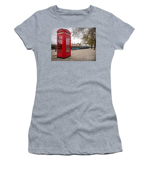 Battersea Phone Box Women's T-Shirt (Athletic Fit)