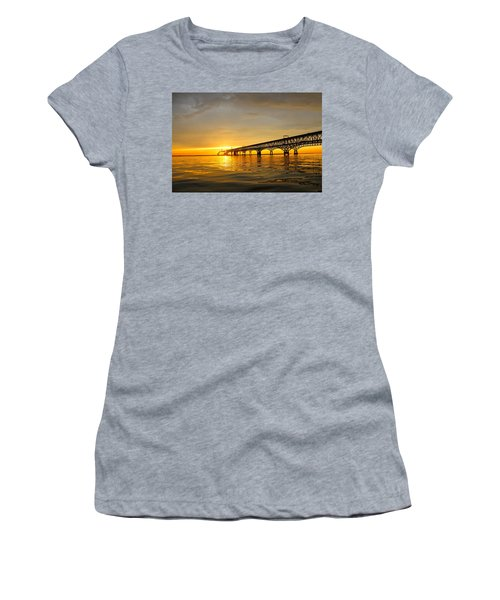 Bay Bridge Sunset Glow Women's T-Shirt (Athletic Fit)