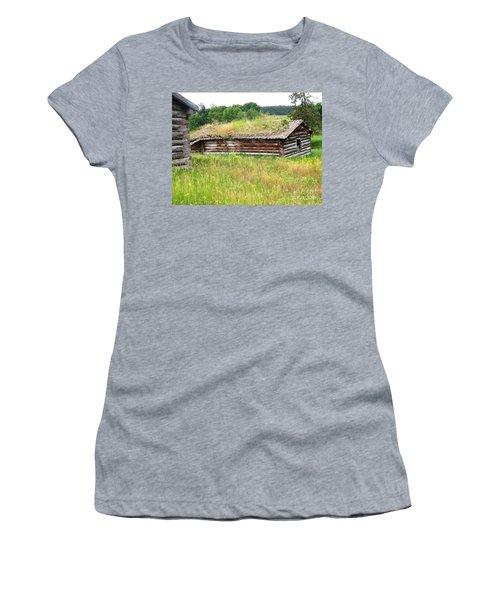 Bear Springs Women's T-Shirt