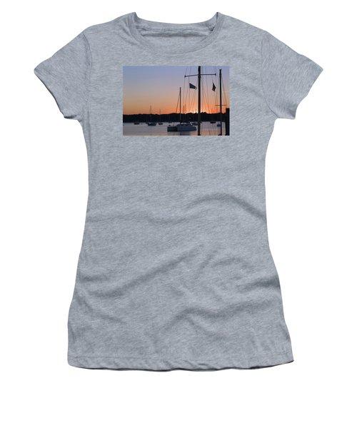 Beaufort Sc Sunset Women's T-Shirt (Athletic Fit)