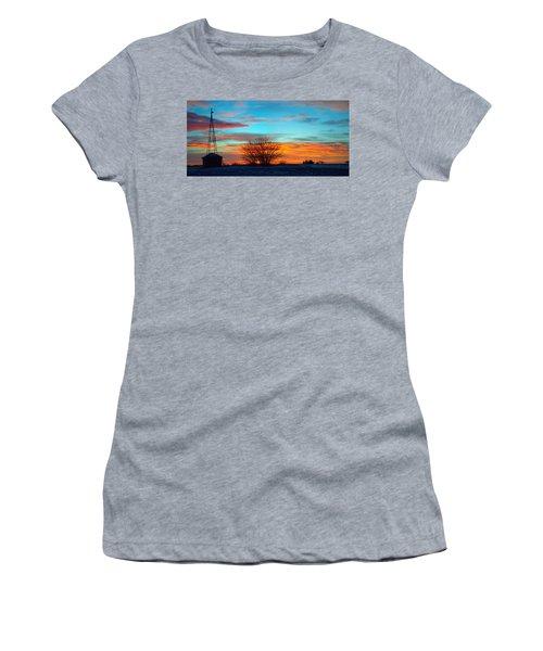 Beautiful Mornin' Panorama Women's T-Shirt
