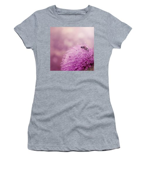 Beauty And The Bee Women's T-Shirt