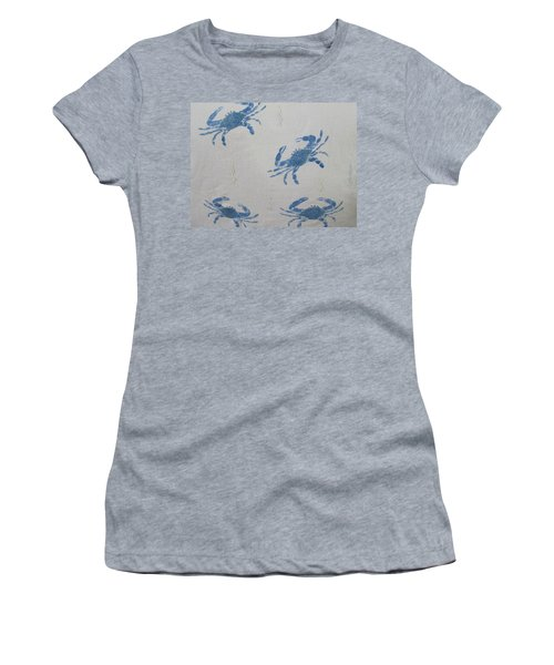 Blue Crabs On Sand Women's T-Shirt (Athletic Fit)