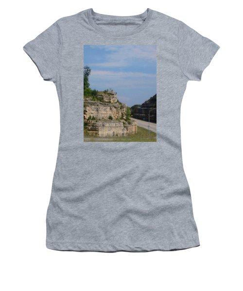 Branson Missouri Women's T-Shirt (Athletic Fit)