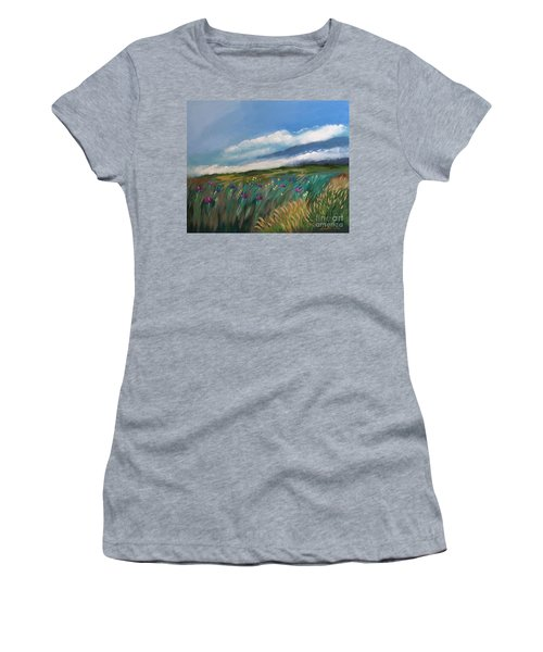 Breezy Day At Mauna Kea Women's T-Shirt (Athletic Fit)