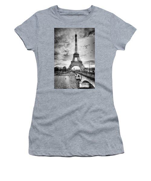 Bridge To The Eiffel Tower Women's T-Shirt