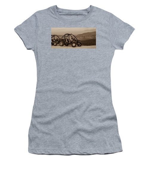 Buggy Women's T-Shirt (Athletic Fit)