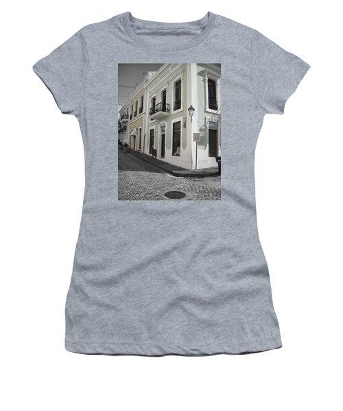 Calle De Luna Y Calle Del Cristo Women's T-Shirt (Athletic Fit)