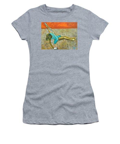 Canyon Road Sculpture Women's T-Shirt